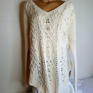 Free People cream v neck hi low Sweater size L